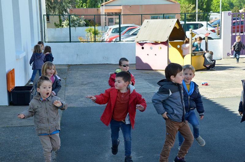 Photo 2 de la cour maternelle